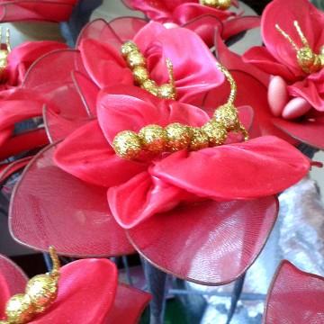 farfalla rosso in raso